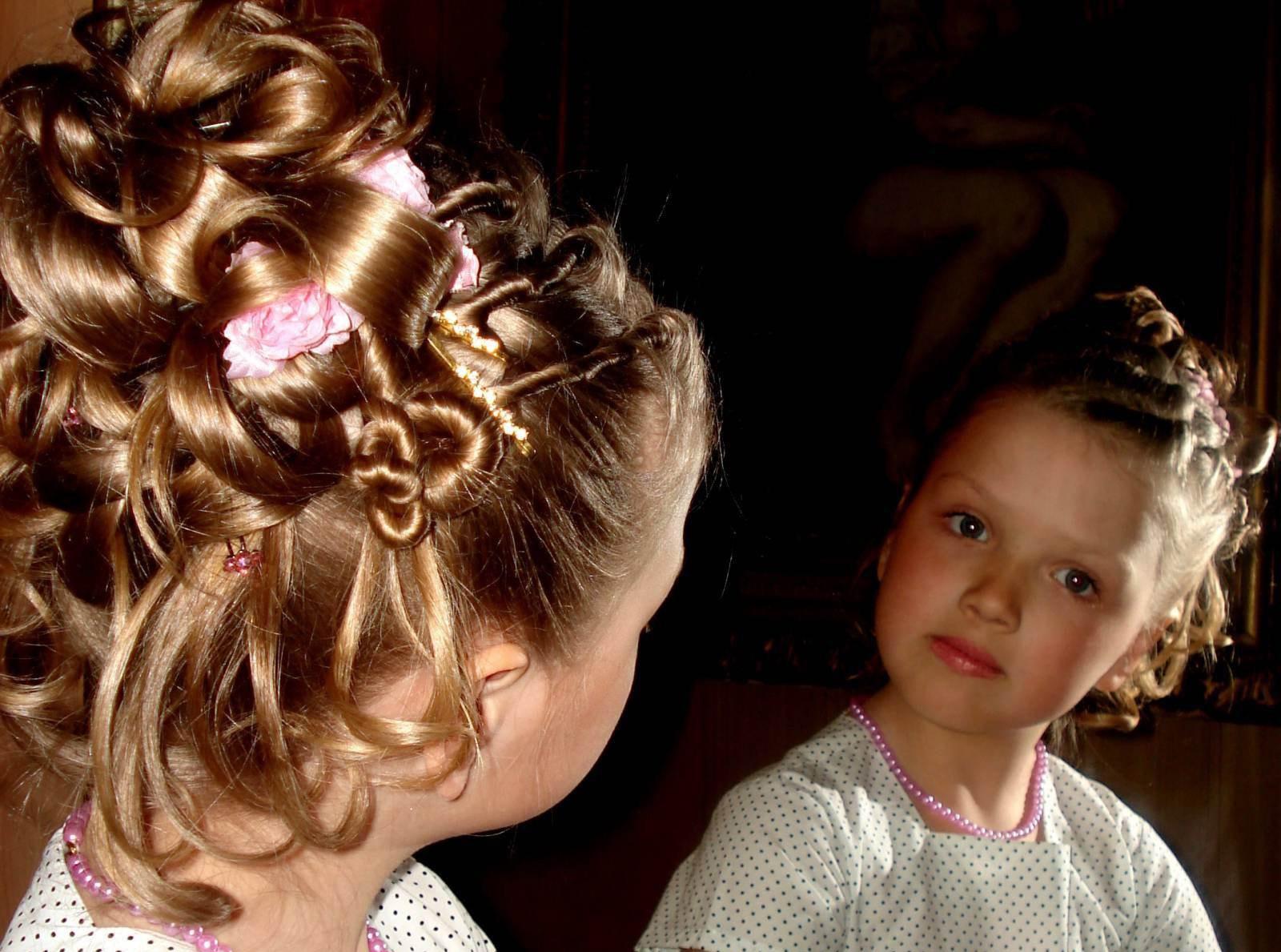 Прически для девочек на свадьбу 14 лет