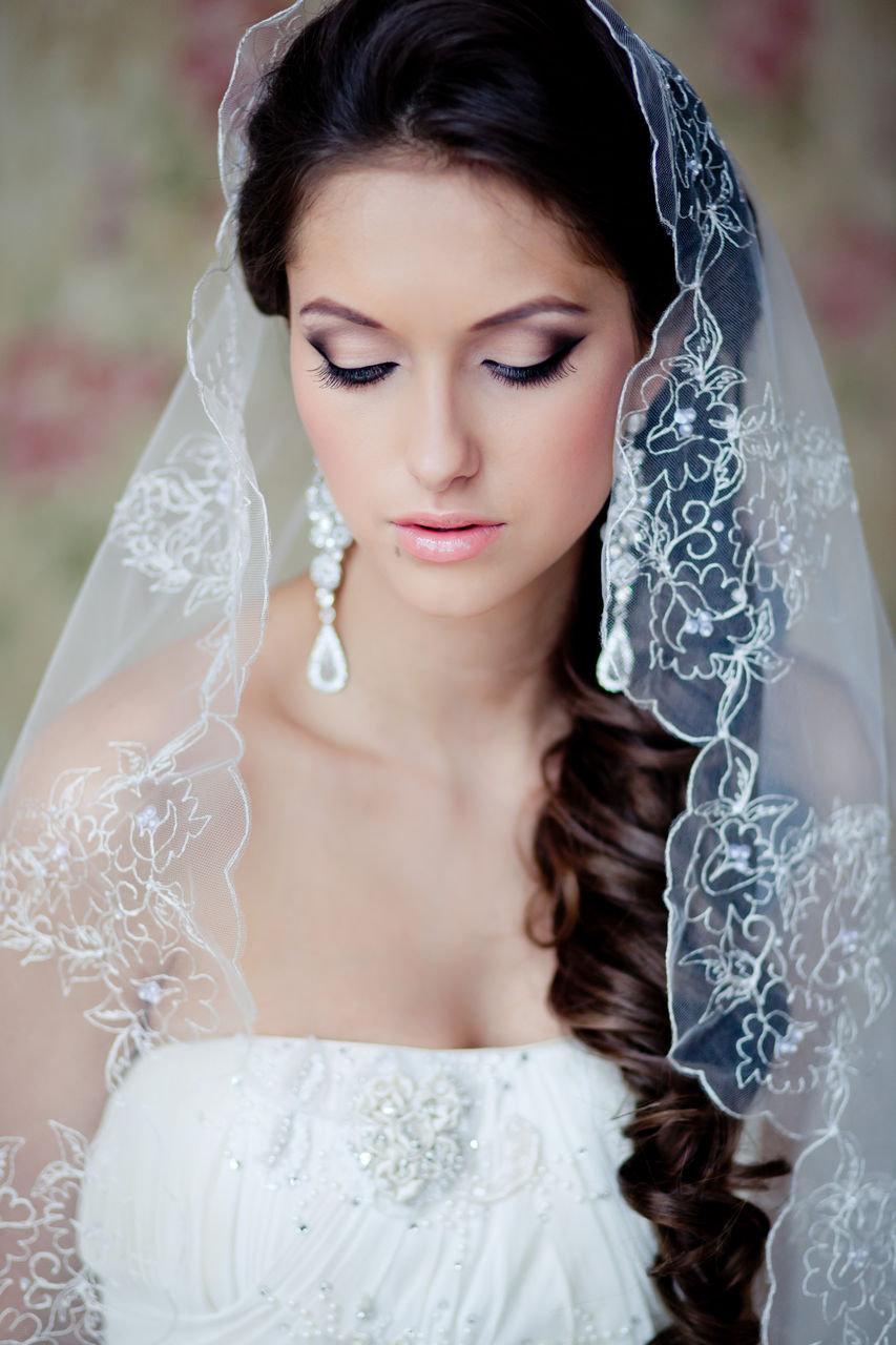 Свадебные причёски фото с фатой