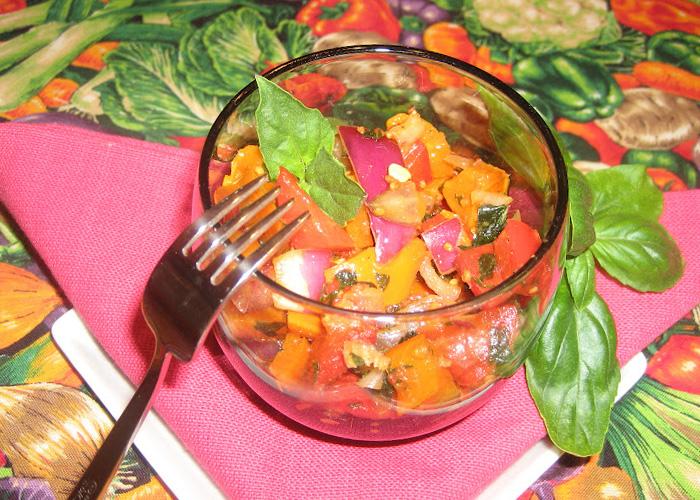 102446262_4449415_vitaminnii_salat