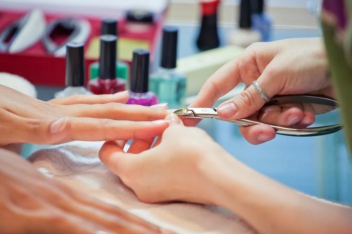 Manicure nails