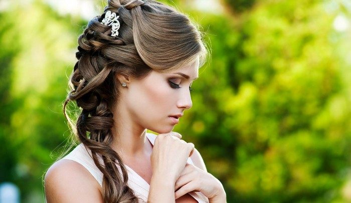 Свадебные поднятые прически